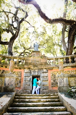 Engagement Session Wardrobe Ideas Vizcaya Museum & Gardens Engagement Session Best South Florida Wedding Venue