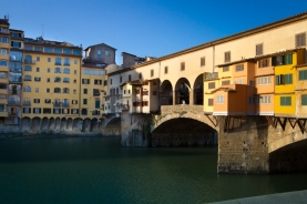 Ponte Vecchio at sunrise New Years Wedding In Florence Best wedding locations in Firenze