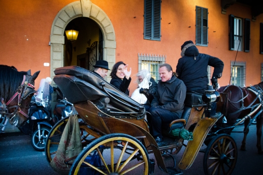 Horse and carriage ride for a wedding New Years Wedding In Florence Best wedding locations in Firenze