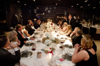 Best long table for wedding reception New Years Wedding In Florence Best wedding locations in Firenze