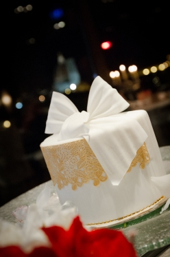Epic destination travel wedding cake New Years Wedding In Florence Best wedding locations in Firenze