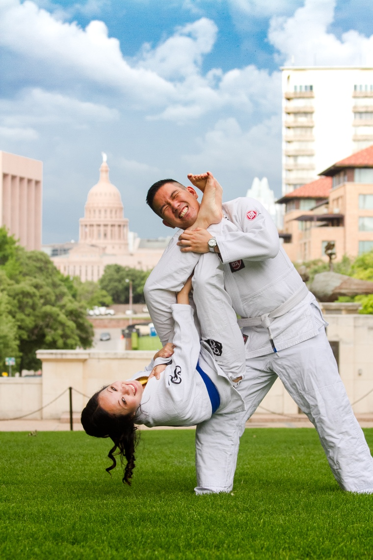 @PhotographerAmy Elizabeth Birdsong Photography University of Texas view of the Capitol Austin Engagement locations-0146