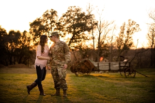 elizabeth-birdsong-photography-austin-engagement-photography-old-settlers-park-21