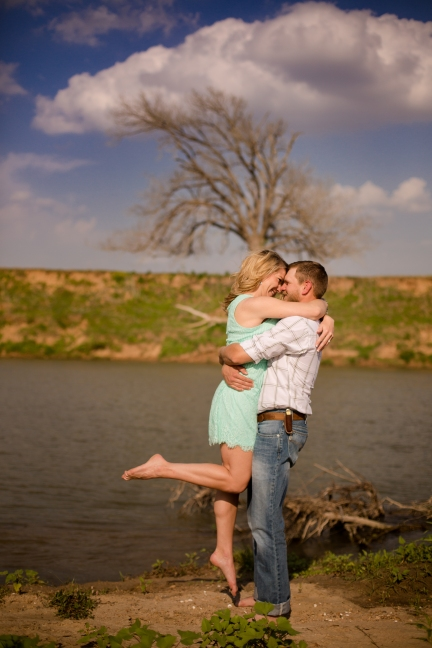 @PhotographerAmy Elizabeth Birdsong Photography Texas Engagement Ideas-15