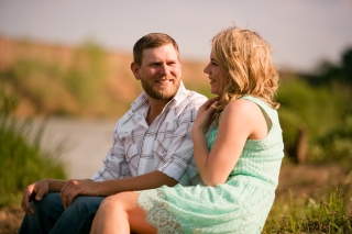 @PhotographerAmy Elizabeth Birdsong Photography Texas Engagement Ideas-18