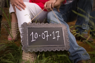 @PhotographerAmy Elizabeth Birdsong Photography Texas Engagement Ideas-8