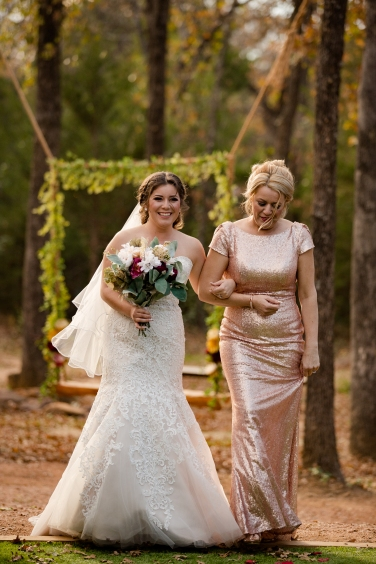 @PhotographerAmy Elizabeth Birdsong Photography Oak Meadow Ranch Wedding Photos-34