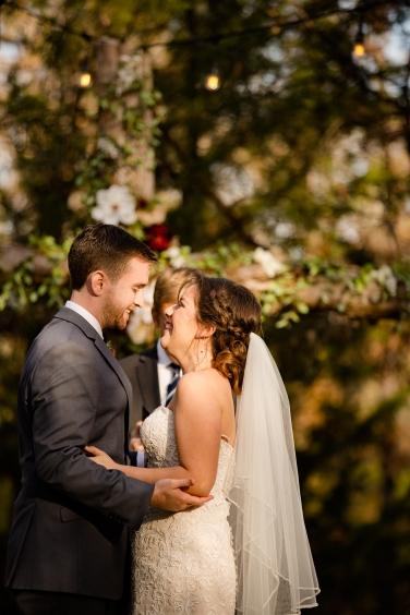 @PhotographerAmy Elizabeth Birdsong Photography Oak Meadow Ranch Wedding Photos-60