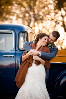 @PhotographerAmy Elizabeth Birdsong Photography Oak Meadow Ranch Wedding Photos-83
