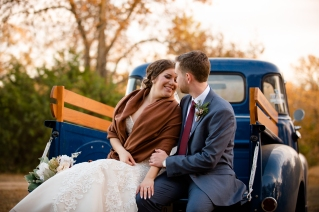 @PhotographerAmy Elizabeth Birdsong Photography Oak Meadow Ranch Wedding Photos-87