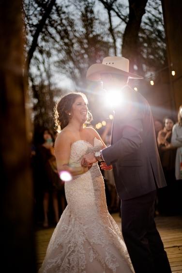 @PhotographerAmy Elizabeth Birdsong Photography Oak Meadow Ranch Wedding Photos-97