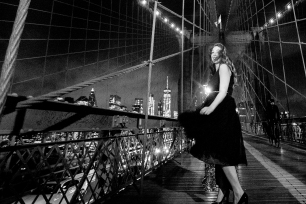 @PhotographerAmy Elizabeth Birdsong Photography Brooklyn Bridge Photo Shoot-19