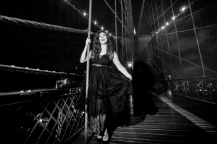 @PhotographerAmy Elizabeth Birdsong Photography Brooklyn Bridge Photo Shoot-22