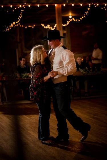 @PhotographerAmy Elizabeth Birdsong Photography Twin Sisters Dance Hall Wedding Photos-81