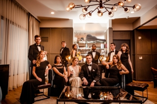 Elegant Wedding Party Portraits Rainey Street Austin Wedding at Hotel Van Zandt Made with Magmod