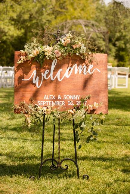 @PhotographerAmy Elizabeth Birdsong Photography Kindred Oaks Wedding Photos Austin Venue-1