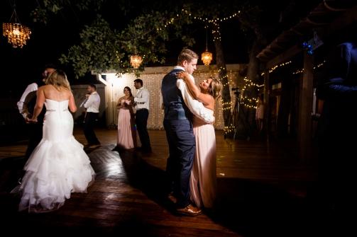 @PhotographerAmy Elizabeth Birdsong Photography Kindred Oaks Wedding Photos Austin Venue-100