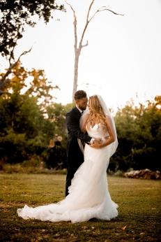 @PhotographerAmy Elizabeth Birdsong Photography Kindred Oaks Wedding Photos Austin Venue-48