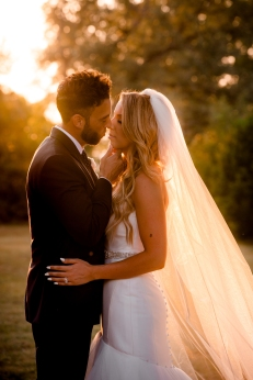 @PhotographerAmy Elizabeth Birdsong Photography Kindred Oaks Wedding Photos Austin Venue-50
