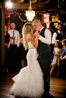 @PhotographerAmy Elizabeth Birdsong Photography Kindred Oaks Wedding Photos Austin Venue-71