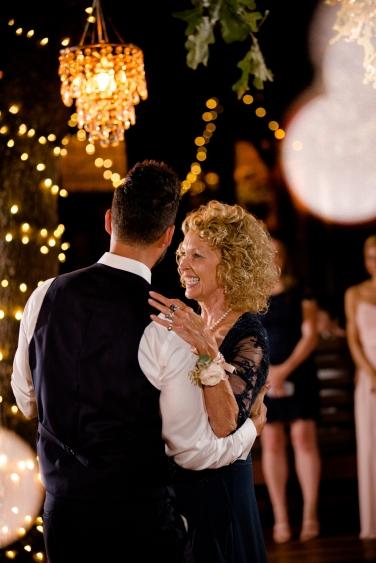 @PhotographerAmy Elizabeth Birdsong Photography Kindred Oaks Wedding Photos Austin Venue-75