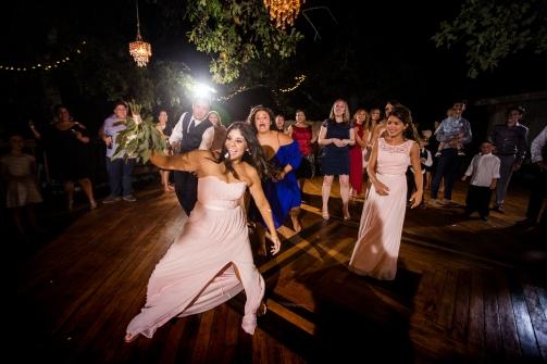 @PhotographerAmy Elizabeth Birdsong Photography Kindred Oaks Wedding Photos Austin Venue-84