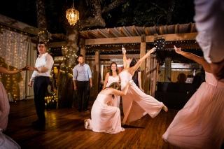 @PhotographerAmy Elizabeth Birdsong Photography Kindred Oaks Wedding Photos Austin Venue-98