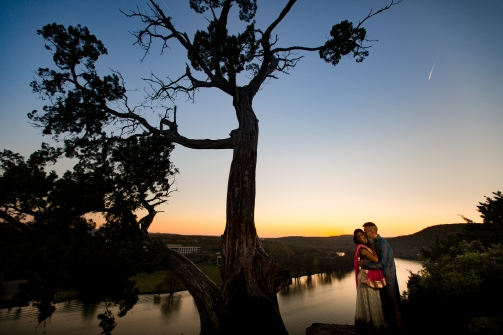 @PhotographerAmy Elizabeth Birdsong Photography 360 Bridge Pennybacker Overlook Engagement Session Austin Hiking Trails-32