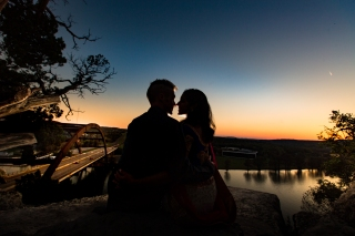 @PhotographerAmy Elizabeth Birdsong Photography 360 Bridge Pennybacker Overlook Engagement Session Austin Hiking Trails-35