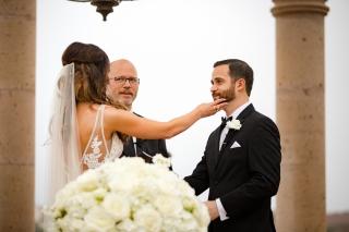 @PhotographerAmy Elizabeth Birdsong Photography Horseshoe Bay Resort Wedding Photos Austin Wedding Venue-49
