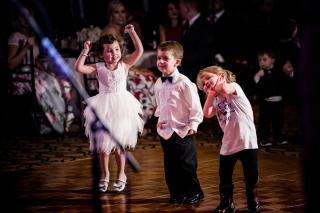 @PhotographerAmy Elizabeth Birdsong Photography Horseshoe Bay Resort Wedding Photos Austin Wedding Venue-83