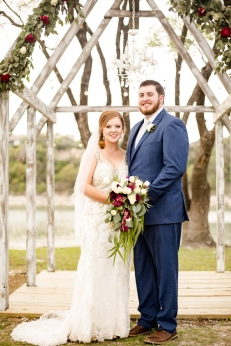 Photographer Amy Elizabeth Birdsong Photography Blissful Hill Central Texas Wedding Photos-106