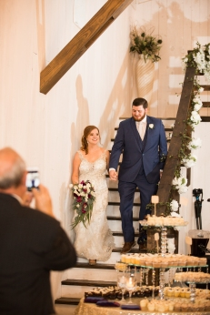 Photographer Amy Elizabeth Birdsong Photography Blissful Hill Central Texas Wedding Photos-113