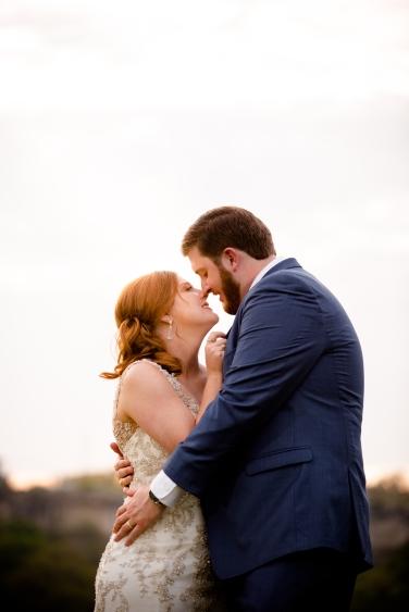 Photographer Amy Elizabeth Birdsong Photography Blissful Hill Central Texas Wedding Photos-124