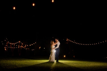 Photographer Amy Elizabeth Birdsong Photography Blissful Hill Central Texas Wedding Photos-164