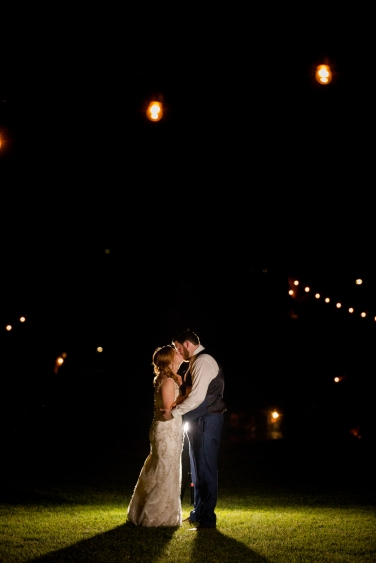 Photographer Amy Elizabeth Birdsong Photography Blissful Hill Central Texas Wedding Photos-165