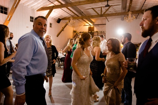 Photographer Amy Elizabeth Birdsong Photography Blissful Hill Central Texas Wedding Photos-195