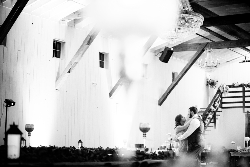 Photographer Amy Elizabeth Birdsong Photography Blissful Hill Central Texas Wedding Photos-209