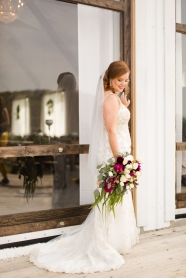 Photographer Amy Elizabeth Birdsong Photography Blissful Hill Central Texas Wedding Photos-39