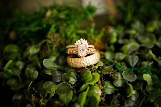 Photographer Amy Elizabeth Birdsong Photography Blissful Hill Central Texas Wedding Photos-4