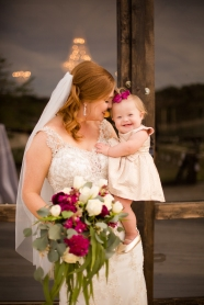 Photographer Amy Elizabeth Birdsong Photography Blissful Hill Central Texas Wedding Photos-42