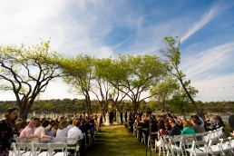 Photographer Amy Elizabeth Birdsong Photography Blissful Hill Central Texas Wedding Photos-58
