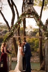 Photographer Amy Elizabeth Birdsong Photography Blissful Hill Central Texas Wedding Photos-71