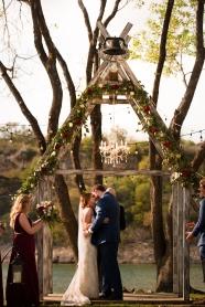 Photographer Amy Elizabeth Birdsong Photography Blissful Hill Central Texas Wedding Photos-73
