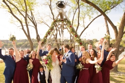 Photographer Amy Elizabeth Birdsong Photography Blissful Hill Central Texas Wedding Photos-79