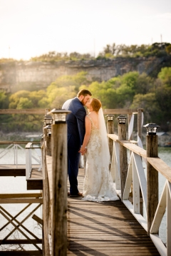 Photographer Amy Elizabeth Birdsong Photography Blissful Hill Central Texas Wedding Photos-86