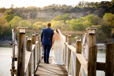 Photographer Amy Elizabeth Birdsong Photography Blissful Hill Central Texas Wedding Photos-88