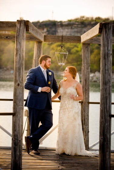 Photographer Amy Elizabeth Birdsong Photography Blissful Hill Central Texas Wedding Photos-92