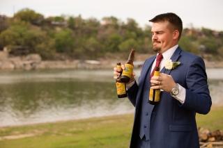Photographer Amy Elizabeth Birdsong Photography Blissful Hill Central Texas Wedding Photos-96