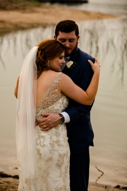 Photographer Amy Elizabeth Birdsong Photography Blissful Hill Central Texas Wedding Photos-98